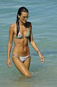 alessandra-ambrosio-bikini-photoshoot-in-st-barts-07